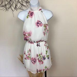 AUDREY 3+1 floral tie back romper. Medium. Pink